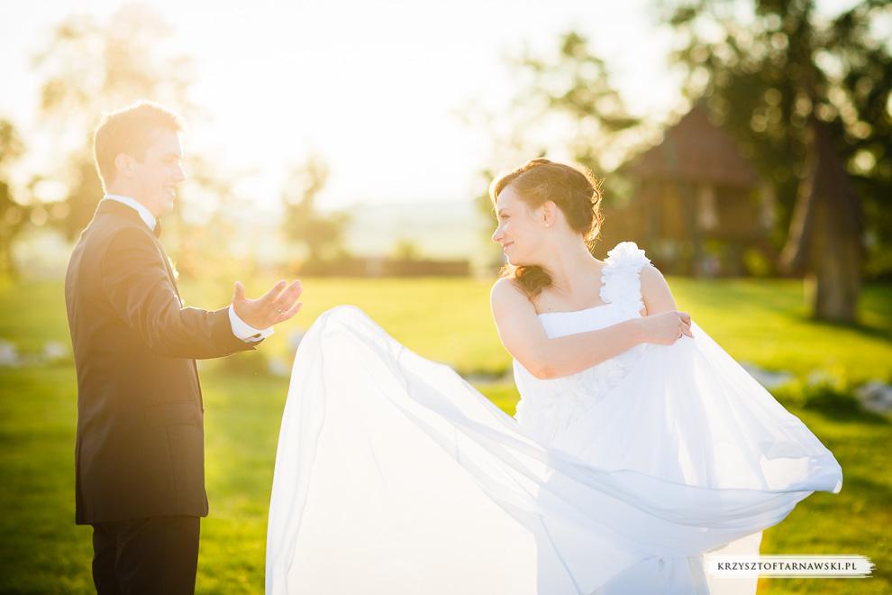 Szczęśliwi Państwo Młodzi Zdjęcia Ślubne
